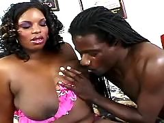 Ebony fucks with white hunk in bath